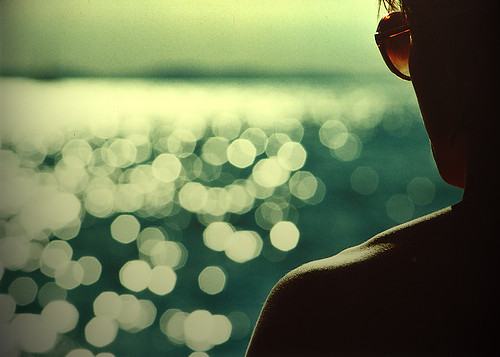 summer,expressive,people,ocean,tumblr,silence-0de494646e486c9bd73ab515f9cbde83_h